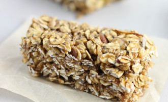 Easy Granola Bar Recipe | Chewy Granola Bars