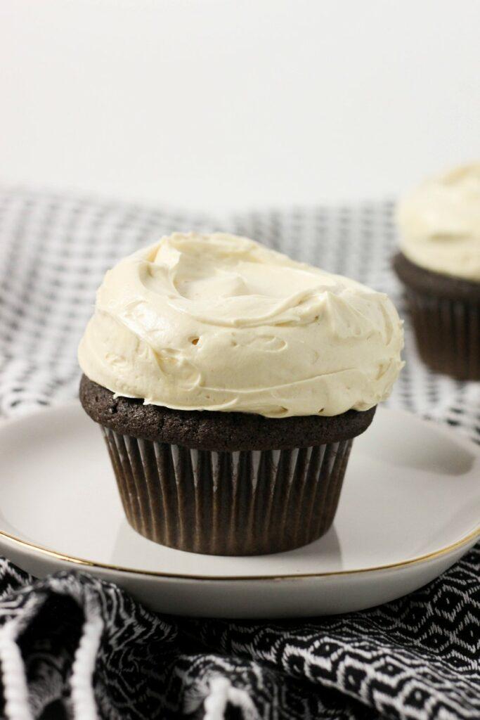 Peanut Butter Cupcakes 3
