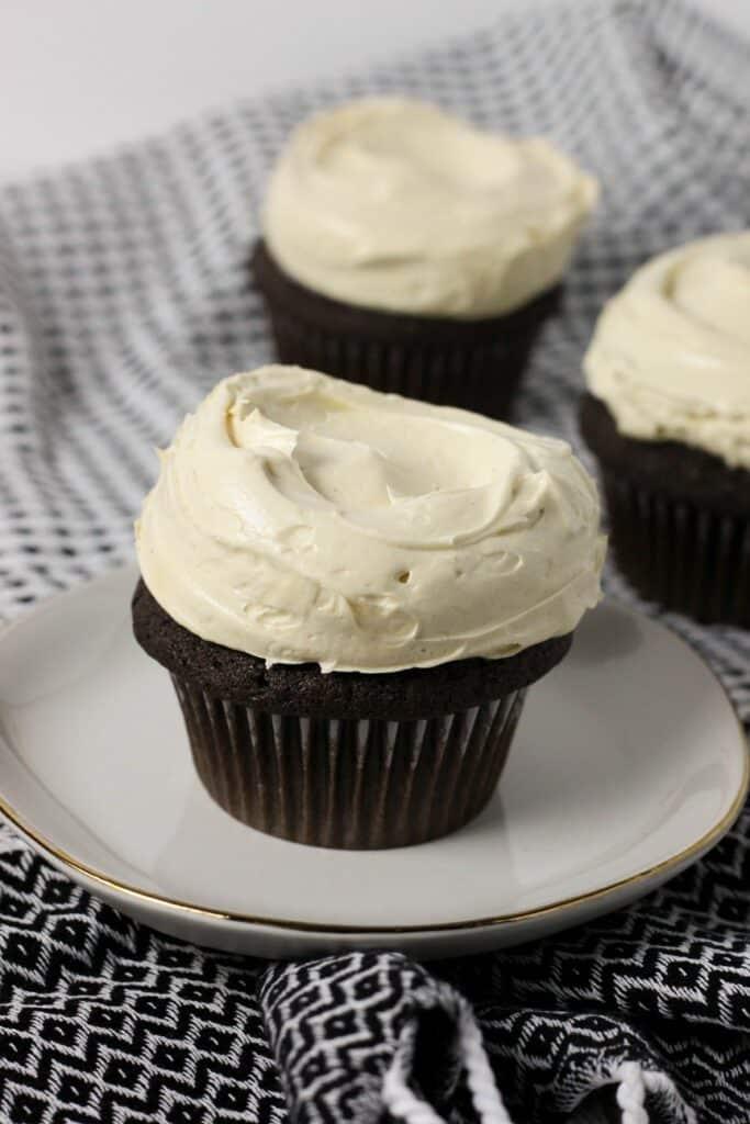 Peanut Butter Cupcakes 8