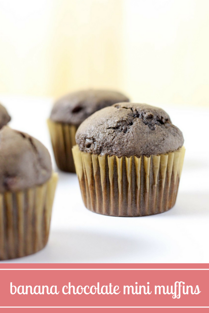 banana chocolate mini muffins