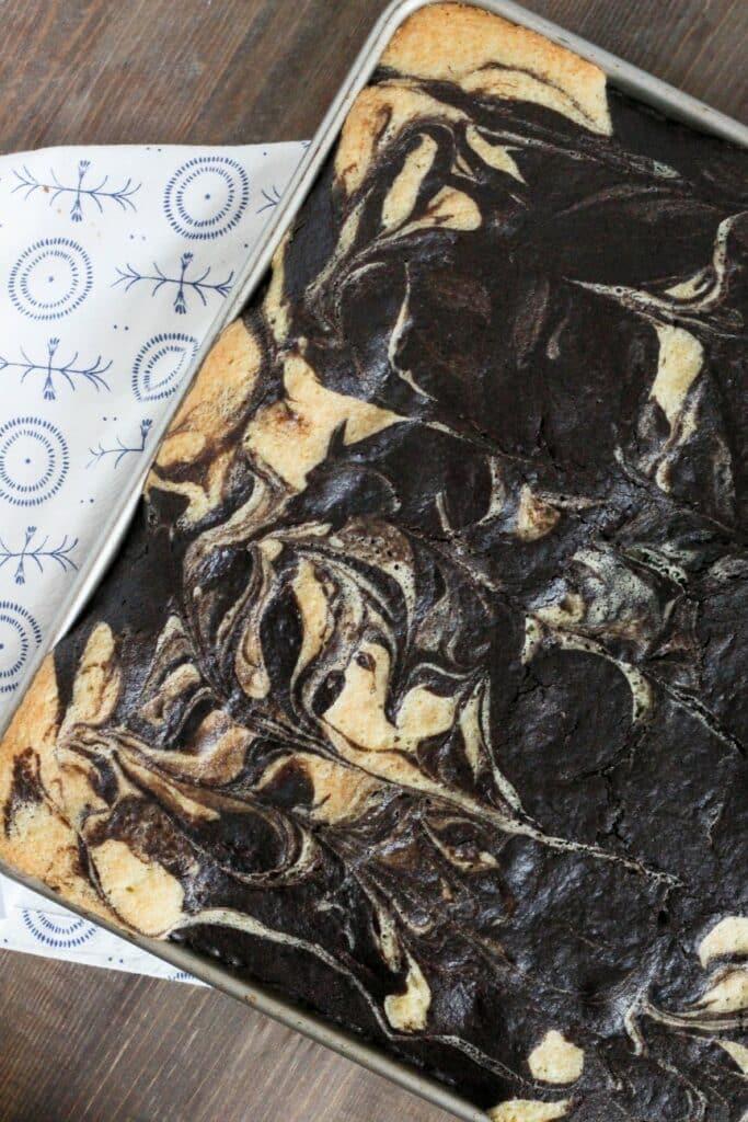 Marble Sheet Cake 2