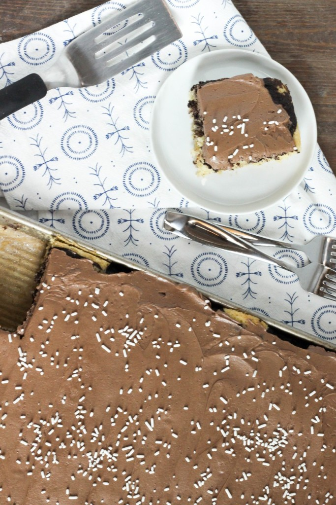 Marble Sheet Cake 4